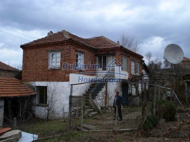 7065:3 - Brick built house for sale in Bulgarian countryside