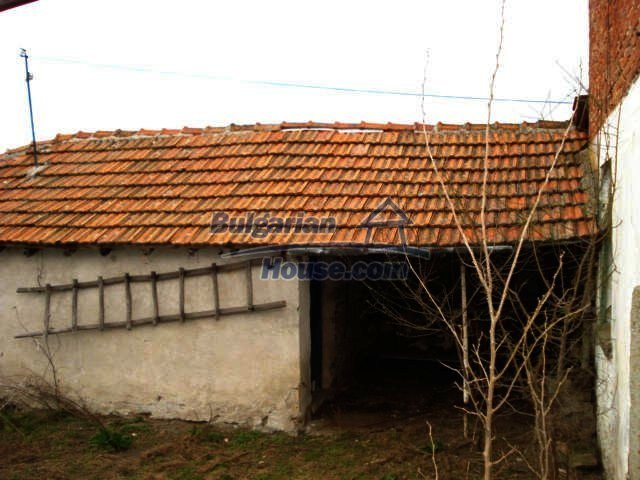 7065:9 - Brick built house for sale in Bulgarian countryside