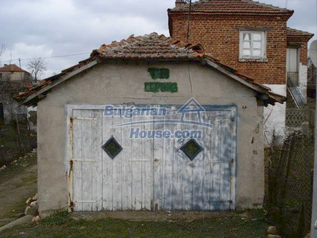 7065:10 - Brick built house for sale in Bulgarian countryside