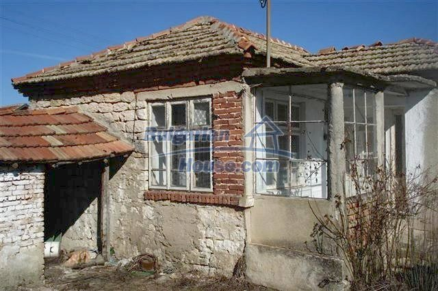 7089:3 - House for sale 12 km away from the sea in Varna region
