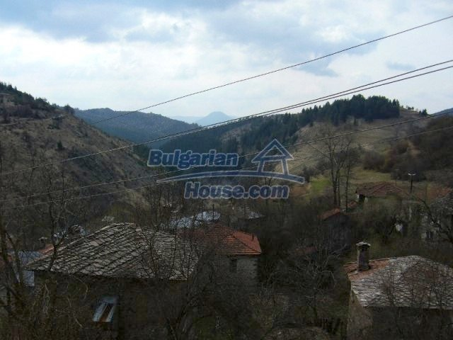 7125:5 - Bulgarian rural house in Smolyan region