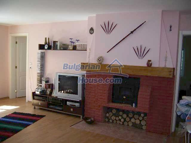 7131:4 - House in very good condition located in town of Elhovo
