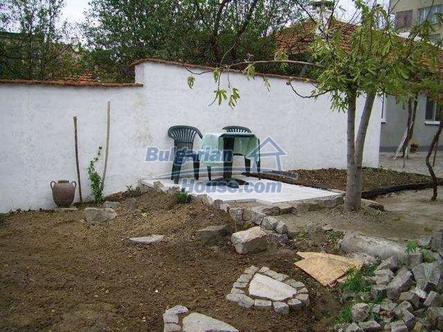 7131:11 - House in very good condition located in town of Elhovo