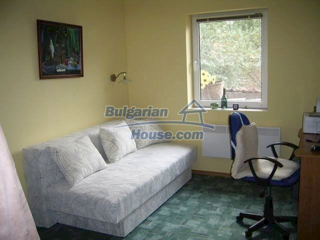 7131:7 - House in very good condition located in town of Elhovo