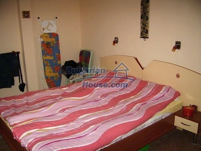 7131:8 - House in very good condition located in town of Elhovo