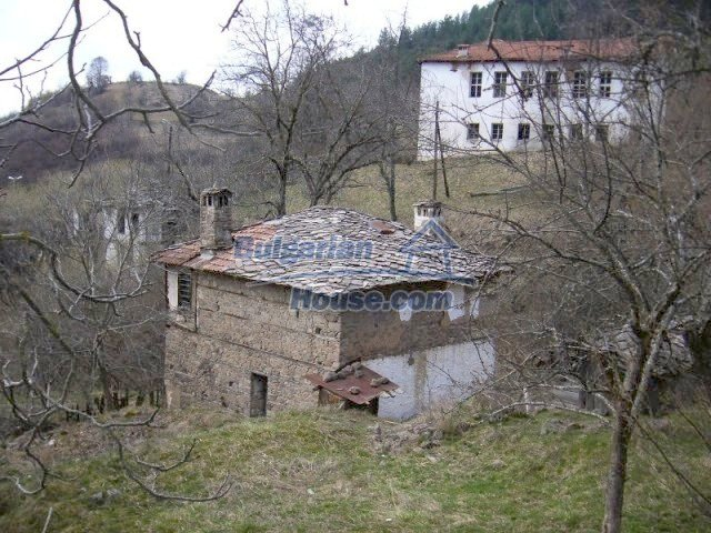 7134:6 - Bulgarian old house in beautiful mountain village