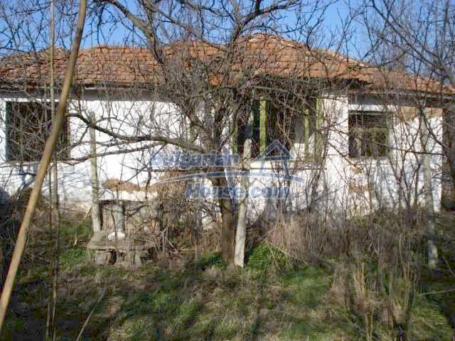 7155:2 - Cheap house in Bulgarian countryside