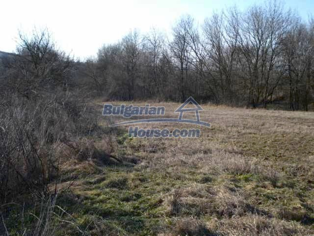 7158:6 - Plot of land suitable to build own home in Bulgaria