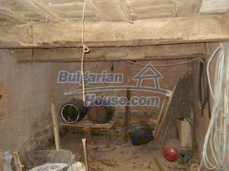 7251:3 - Cheap Bulgarian house near Elhovo