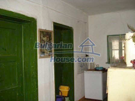 7251:6 - Cheap Bulgarian house near Elhovo