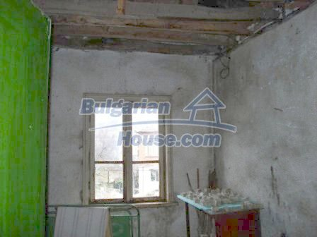 7251:7 - Cheap Bulgarian house near Elhovo