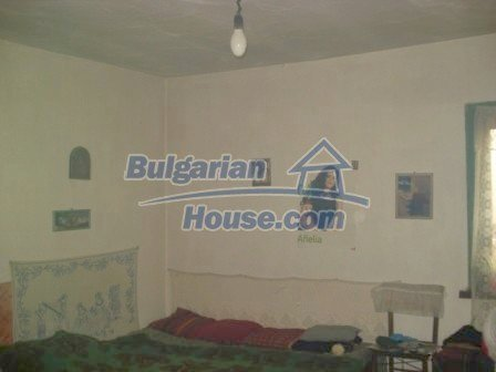 7251:8 - Cheap Bulgarian house near Elhovo