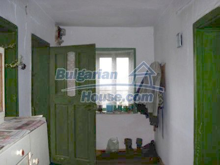 7251:9 - Cheap Bulgarian house near Elhovo
