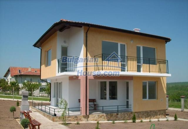 7365:1 - Charming bulgarian house for sale near Varna