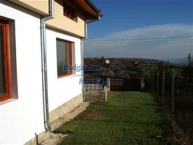 7368:4 - House for sale close to the city of Varna
