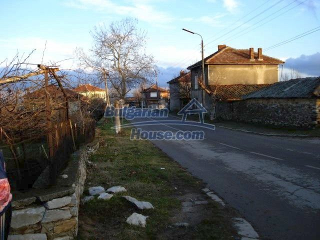7374:15 - Two storey cozy bulgarian house for sale near Elhovo