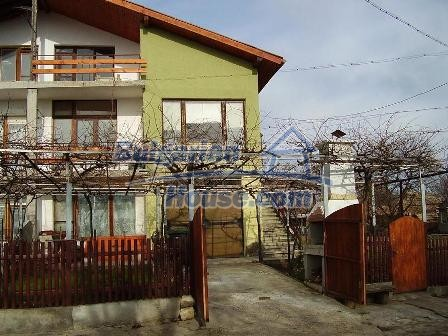 7398:2 - Lovely bulgarian house for sale in Dobrich