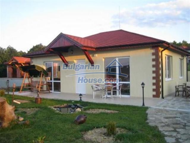 7410:1 - Nice bulgarian house for sale close to Varna