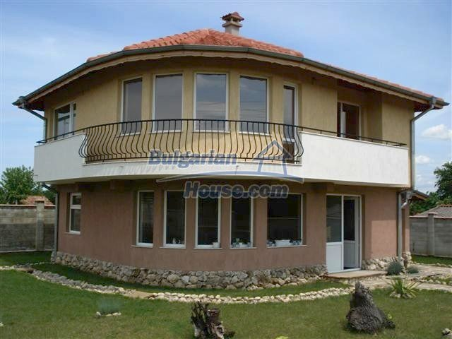 7416:1 - Invest in lovely bulgarian house in Varna region