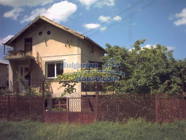 7419:2 - Nice Bulgarian property house in Dobrich region