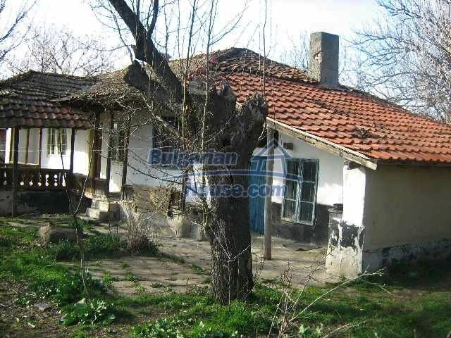7488:3 - Cheap Bulgarian house for sale in Dobrich region