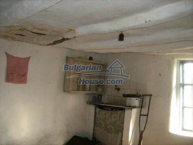 7488:6 - Cheap Bulgarian house for sale in Dobrich region