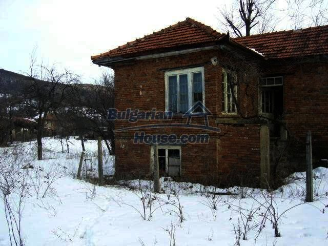 7587:2 - House for sale near Veliko Tarnovo