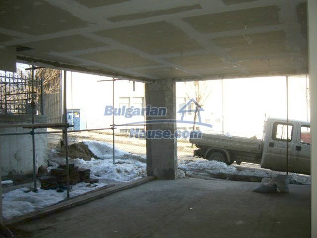 7650:2 - New property shop for sale in Bulgarian town Veliko Tarnovo