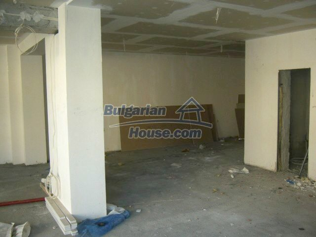 7650:3 - New property shop for sale in Bulgarian town Veliko Tarnovo