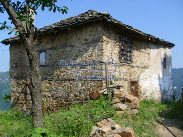 7656:2 - Bulgarian rural house close to the river of Arda Kardjali region