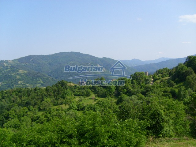 7656:4 - Bulgarian rural house close to the river of Arda Kardjali region