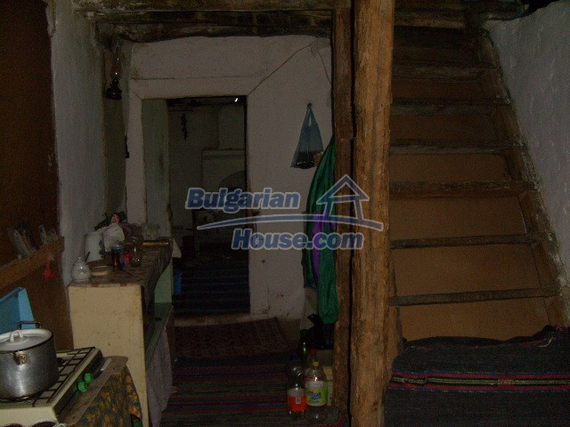 7656:6 - Bulgarian rural house close to the river of Arda Kardjali region