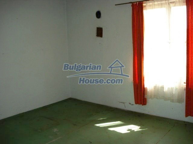 7665:10 - Appealing offer to bye bulgarian property in lovely region of El