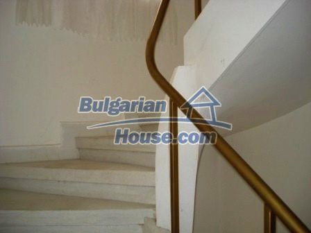 7686:11 - Comfortable three storey bulgarian house for sale  in region of