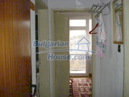 7686:12 - Comfortable three storey bulgarian house for sale  in region of