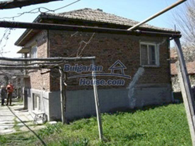 7689:2 - Rural Bulgarian house just 3km away from the town of Stara Zagor