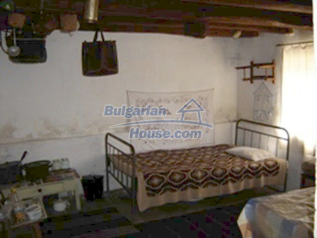 7689:4 - Rural Bulgarian house just 3km away from the town of Stara Zagor