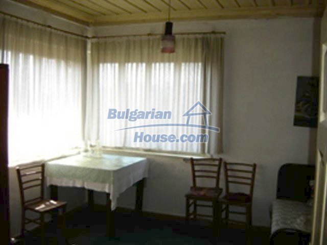 7689:6 - Rural Bulgarian house just 3km away from the town of Stara Zagor