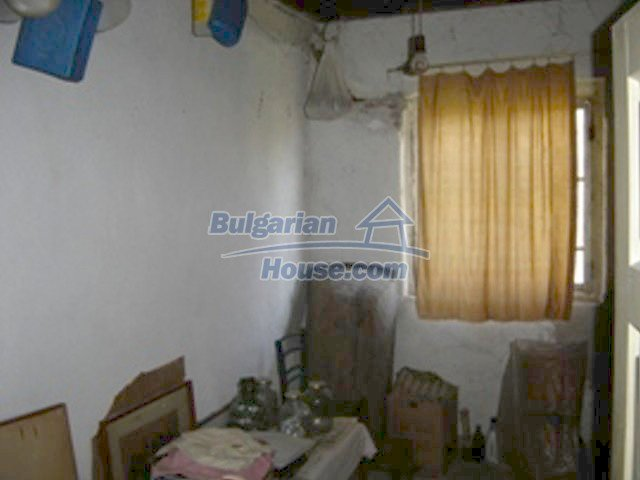 7689:7 - Rural Bulgarian house just 3km away from the town of Stara Zagor
