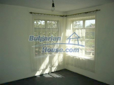 7863:4 - House located just 5km away from the Danube River