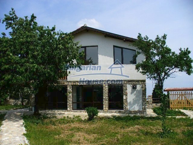 7950:1 - Bulgarian big house for sale in Varna region