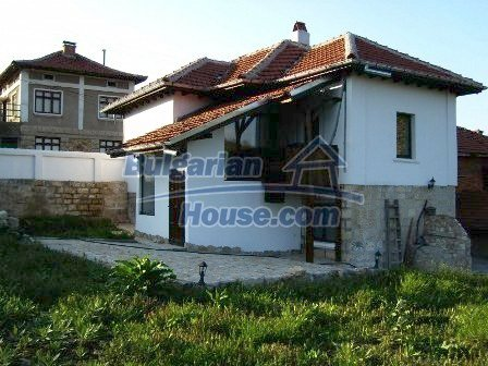 7965:2 - Two storey recently renovated bulgarian house near Ruse
