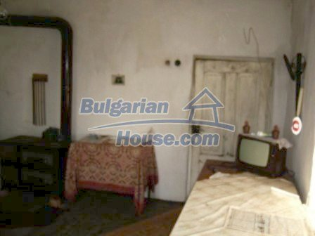 7968:5 - Just come to this small traditional Bulgarian village and discov