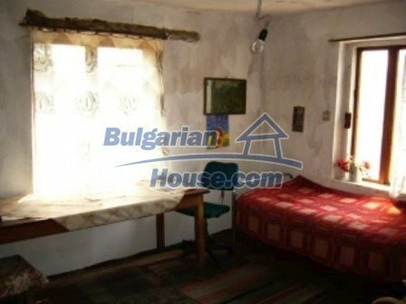 8061:8 - Just come to this small traditional Bulgarian village and discov