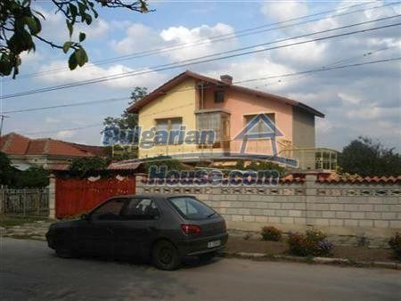 8109:6 - Lovely two storey real estate for sale near the sea