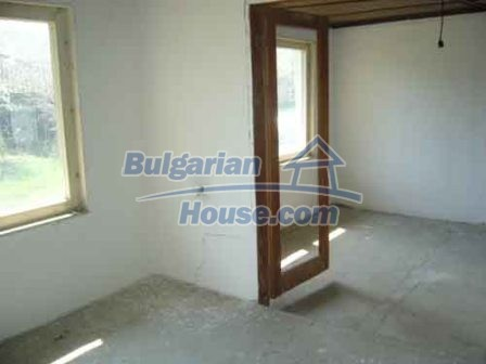 8115:4 - Rural bulgarian property in a tranquil village