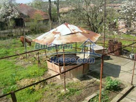 8115:8 - Rural bulgarian property in a tranquil village