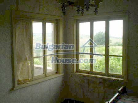 8190:11 - A decent two-storey bulgarian house for sale made of stones and