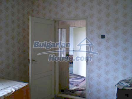 8190:13 - A decent two-storey bulgarian house for sale made of stones and