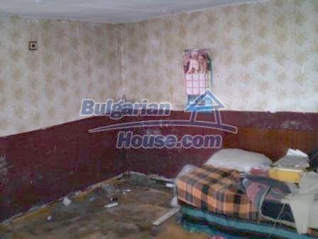 8190:14 - A decent two-storey bulgarian house for sale made of stones and